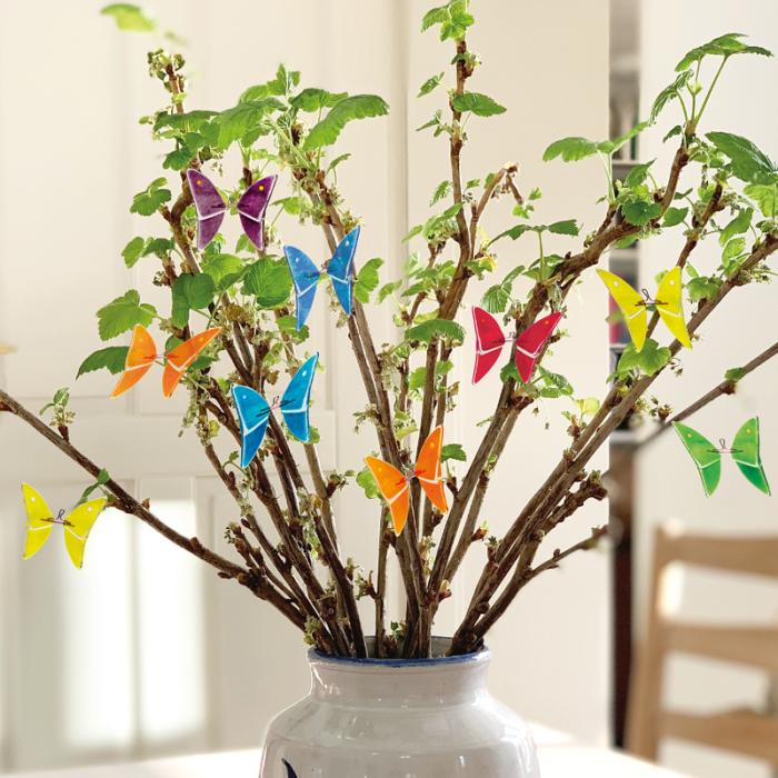 Sommerfugle på vinger, vase